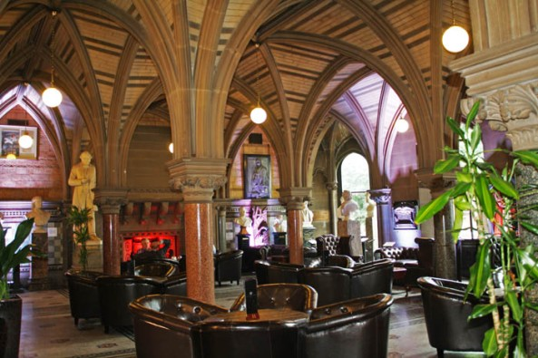 Manchester Town Hall Cafe, Manchester, UK. © J. Lynn Stapleton, 24th July 2013