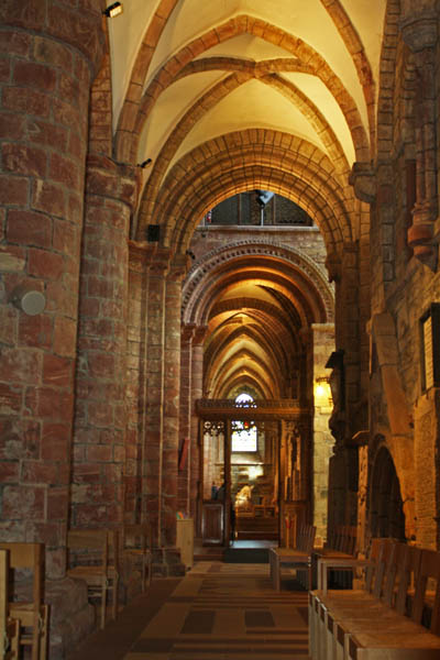 St. Magnus Cathedral, Kirkwall, Orkney. © J. Lynn Stapleton, 27th July 2013