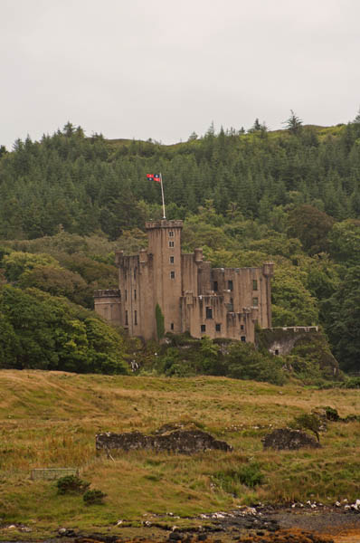 Dunvegan Castle, Isle of Skye © J. Lynn Stapleton, 3rd August, 2013